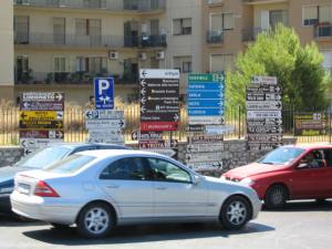 Syracuse, Sicily, street signs. [Photo by me, 2006.]