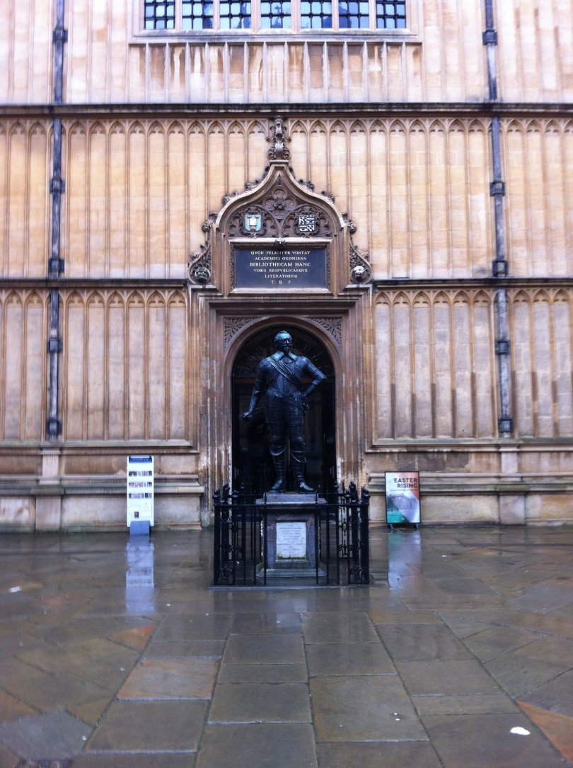 The Bodleian Library entrance. [Photo by me, 2016.]
