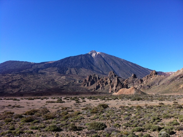 View of Teide. Note the black lava flows. It has not erupted, however, in over 100 years. [Photo by me, 2016.]