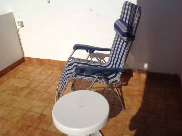 Reading - and suntanning - chair, Tenerife. [Photo by me, 2016.]