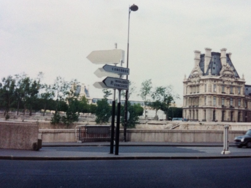 Paris street scene. [Photo by me, 1995.]