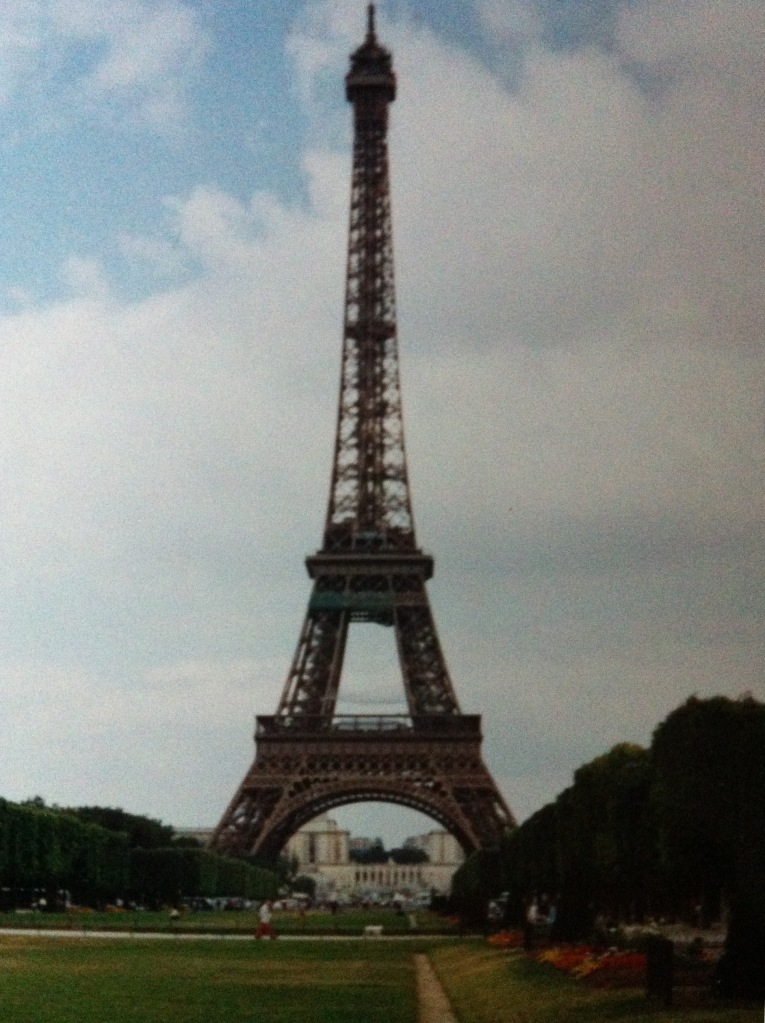 Iconic Paris landmark. [Photo by me (1994, I think).]