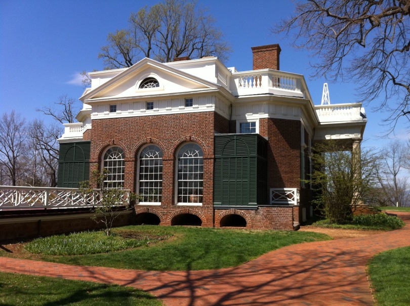 Side view of Thomas Jefferon's Monticello home. I was struck when visiting by the fact that it is actually not all that large a building. [Photo by me, 2011.]