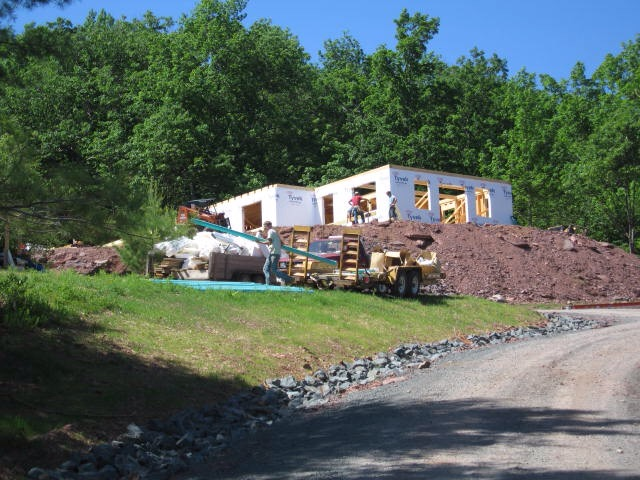 Under construction. Catskills. [Photo by me, 2008.]